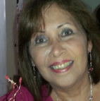 Headshot of Gisela, trainer, says the playmeo is a complete activity website