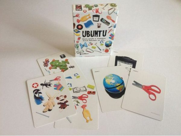 Open pack of Ubuntu Cards
